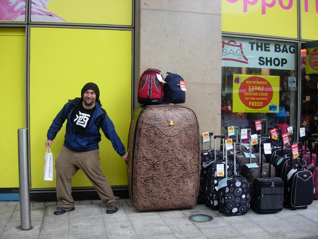 maletas de viaje photo